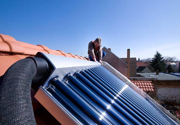 Vakuum-Röhrenkollektor als Solarheizung